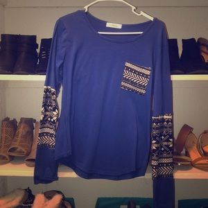 Tops - Blue long sleeve with designs